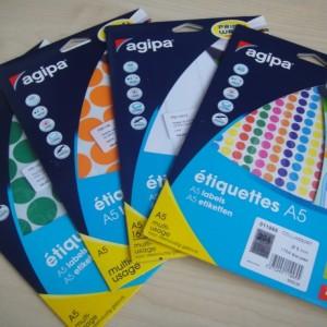 Pastilles adhésives 24mm couleur vierges en paquet ft A5