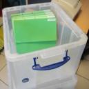 Boîte 42L en plastique translucide avec couvercle 520x310x440